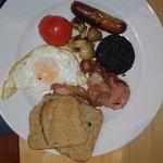 Photo of Lochindaal Hotel