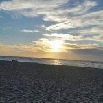 Sunset Beach resmi