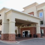 The porte cochere at Hampton Inn Moab.