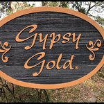 Gypsy Golf Farm entrance.