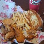 Foto di Raising Cane's Chicken Fingers