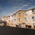 Photo of La Quinta Inn & Suites North Orem
