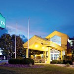 Photo of La Quinta Inn & Suites Appleton College Avenue