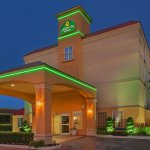 Photo of La Quinta Inn & Suites Tulsa Central