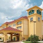 Photo of La Quinta Inn & Suites Fort Worth NE Mall
