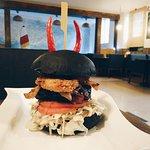 Ларин бургер 2.0. Острый