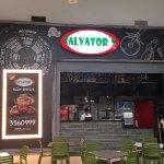 Salvator's Pizza