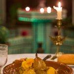 Spécialité du Riad! Tagine poulet avec sa compotée d'oignons