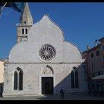 """The Muggia Cathedral faces the square, along with """"Palazzo dei Rettori"""""""