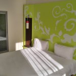 ibis Styles Evry Cathedrale Foto