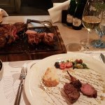 Steakhouse. Meat & Wine Foto