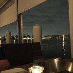Foto de GG's Waterfront Bar and Grill