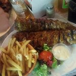 unlimited spare ribs with fries and coke