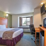 Photo de La Quinta Inn & Suites Tulare