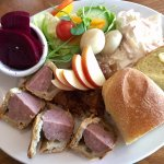 Traditional Ploughman's Lunch
