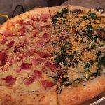 Foto de Salvator's Pizza
