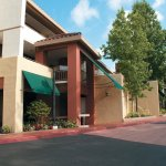 Photo of La Quinta Inn & Suites Thousand Oaks Newbury Park