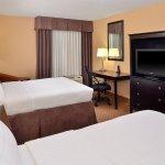 Photo de Holiday Inn Martinsburg