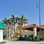 Foto de La Quinta Inn & Suites Ft. Myers - Sanibel Gateway