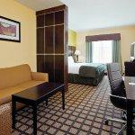 Foto de La Quinta Inn & Suites Pasadena North