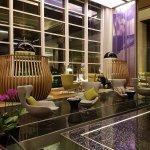 Nice Lobby Bar