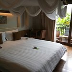 Metadee Resort and Villas Foto