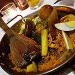 Mixed meat and seafood paella - small (good for 2)