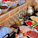 Buffet Style Breakfast (289744156)