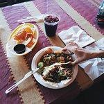 Zdjęcie El Cantaro Vegan Mexican Restaurant