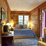 Cedar Suite second bedroom