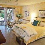 Cedar Suite main bedroom