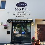 Very nice motel, spacious and clean with a spa tub and free WiFi. Includes a small kitchenette a