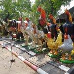 Photo de Wat Yai Chai Mang Khon