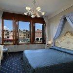 Photo de Hotel Rialto