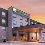 Photo of Holiday Inn Express & Suites West Plains Southwest