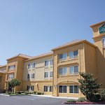 Photo of La Quinta Inn & Suites Visalia/Sequoia Gateway