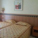 Photo of Nahrawess Hotel