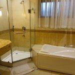 Photo de Royal Suites