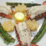 David's Restaurant & Lounge Photo