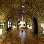 Sala permanente de exposiciones abierta en la que fuera una caballeriza