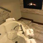 Photo de Blue Gate Garden Inn - Shipshewana Hotel
