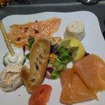 Assortiment de saumon et poissons nobles