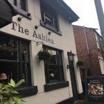The Ashlea Pub