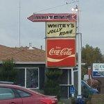 ภาพถ่ายของ Whitey's Jolly Kone