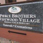 Pierce Brothers Westwood Village Memorial Park Foto