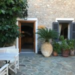 Front Courtyard entrance to Hotel Mistral, Hyra, Greece