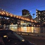 A view of 59th St bridge and Manhattan Island