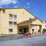 Photo of La Quinta Inn Milwaukee Glendale Hampton Ave