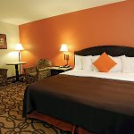 Photo of La Quinta Inn & Suites Springfield South