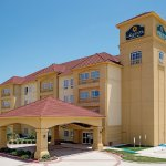 Foto de La Quinta Inn & Suites Fort Worth - Lake Worth